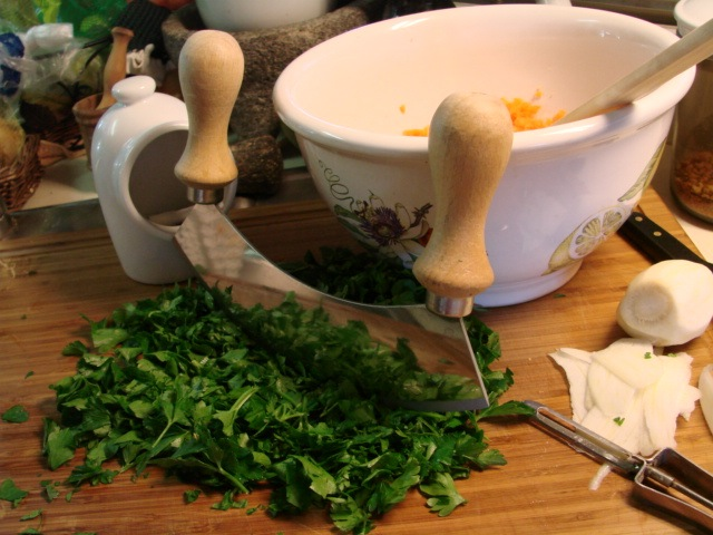 chopping_parsley.jpg