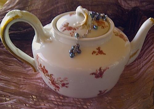 Limoges teapot.jpg